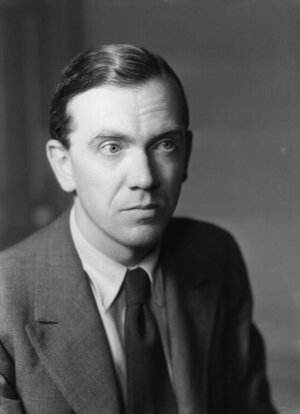 Image of Graham Greene, author of this novel about the repression of the Mexican Church