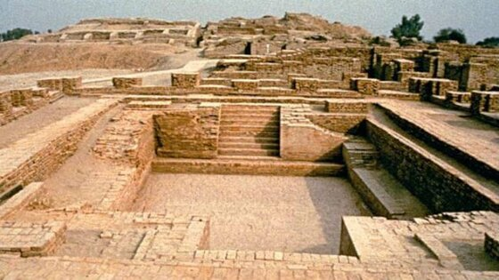 "Image of Mohenjo-daro, a ""lost city"""