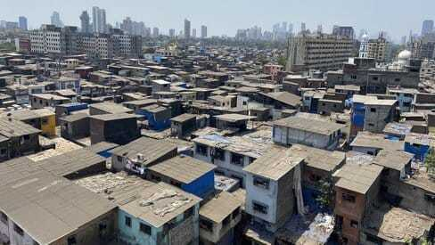 Image of an Indian slum, an unavoidable sight when we seek to gain a global perspective.